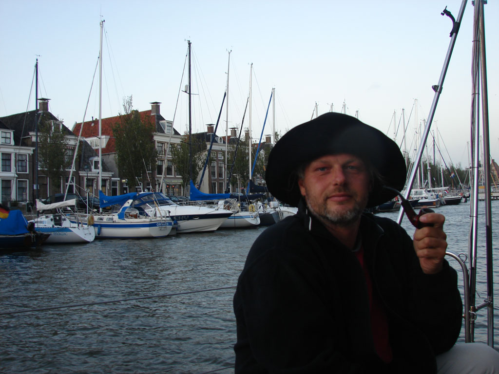 Андрей Невзоров в образе голландского моряка
